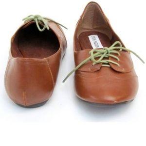 Steve Madden p tuxx Oxford flats/ loafers
